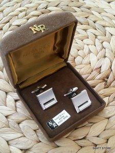 Nina Ricci cufflinks in box